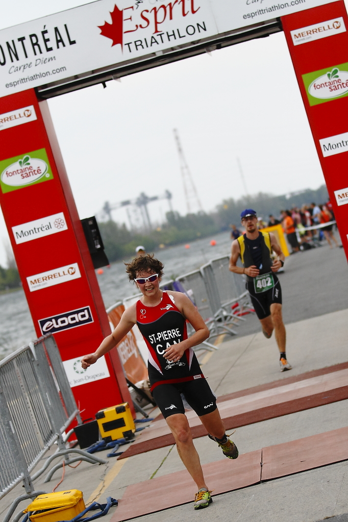 Esprit triathlon finish line